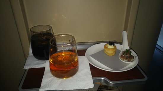 Qantas: The first course of the 10-course tasting meal in the A380 First Class Suite.