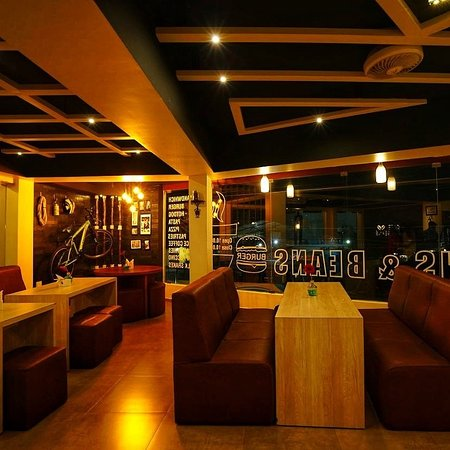 Thodupuzha, Ινδία: Cafe Buns & Beans
