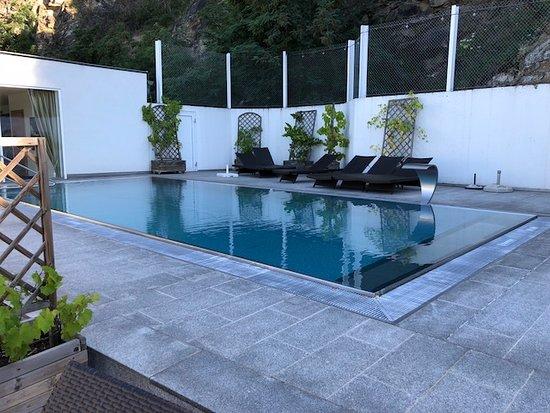 Gartenhotel & Weingut Pfeffel Dürnstein: Pool