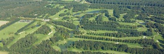 Golfclub Zeewolde: we have 3 x 9 holes plus a par3/4 9 holes loop.