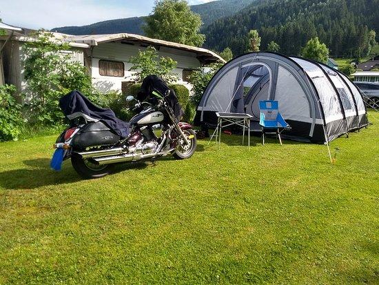 Afritz, Austria: Leuke camping, geen wifi op de camping wel rondom restaurant. Schone douche en wc. Vriendelijke