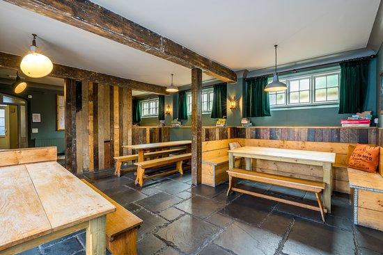The Rocks at Plas Curig Hostel : Dining room