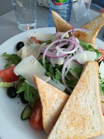 Zic Zac Diner: Salade féerique