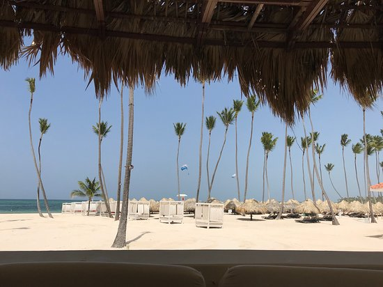 The Reserve At Paradisus Palma Real: PLAGE VUE DU RESTAURANT FUEGO