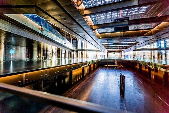 Selcuklu Kongre Merkezi Konya: Selçuklu Kongre Merkezi'nin 1, -1, -2 ve 0 katlarında yer alan fuar ve etkinlik alanları vardır.