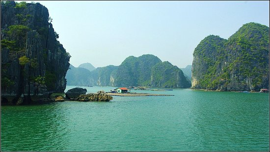 Sails of Indochina: Lagoon Explorer CRUISES - Lan Ha bay