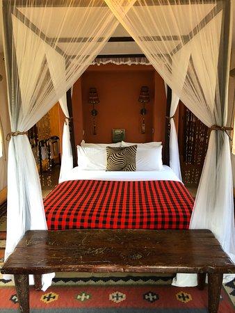 Fairmont Mara Safari Club: Deluxe riverfront tent