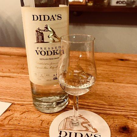 Dida's Distillery: photo0.jpg