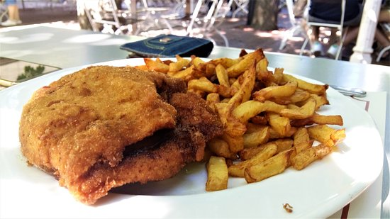 Nótafa Restaurant: Camamberttel és almával töltött pulyka