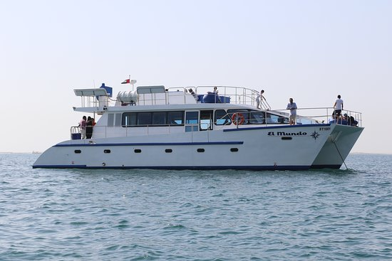 J.P.S Passenger Yachts and Boats Rental