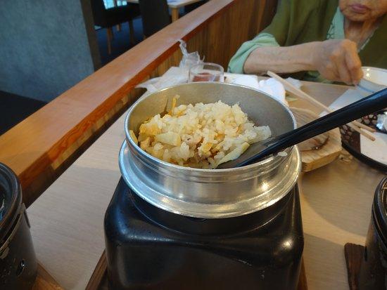 Entaijiso: 鶏と竹の子の釜飯