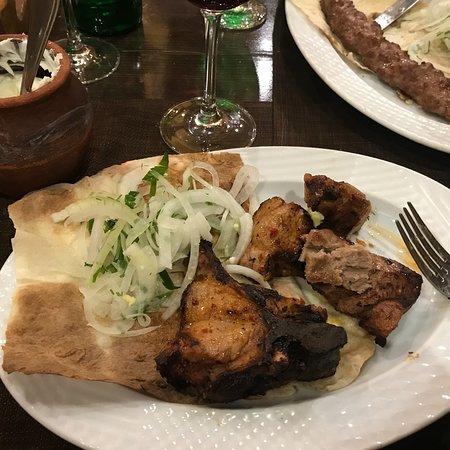 Tavern Yerevan Foto