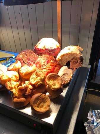 South Witham, UK: Join us for a Sunday carvery