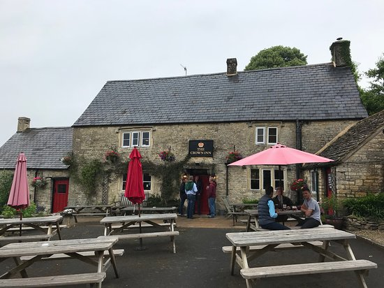 Frampton Mansell, UK: The Crown Inn