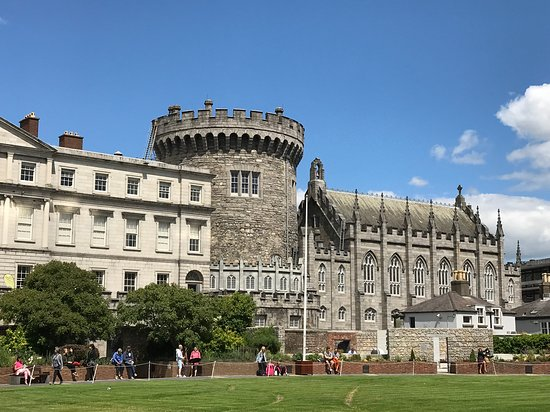Dublin Free Walking Tour: Dublin Castle one of the tour stops