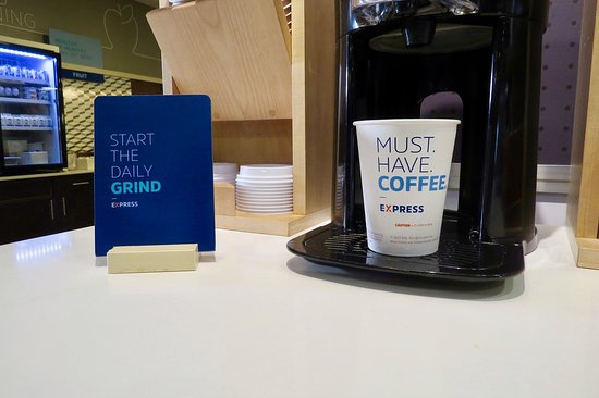 Holiday Inn Express Hotel & Suites Tampa Northwest - Oldsmar: Get your daily dose of caffeine; coffee's always hot and ready