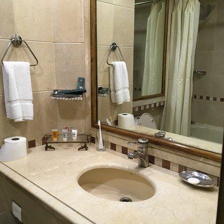 Hotel Crown Plaza张图片