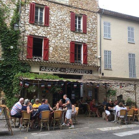 Ampus, Frankreich: photo0.jpg