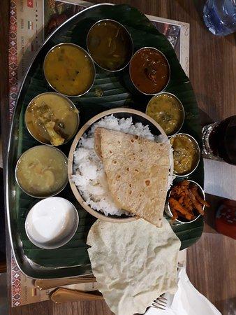 Anjappar: Thali