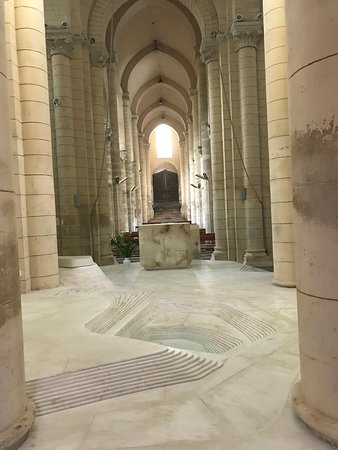 Peaceful Inside the Saint-Hilaire Church Melle - Picture of Eglise ...