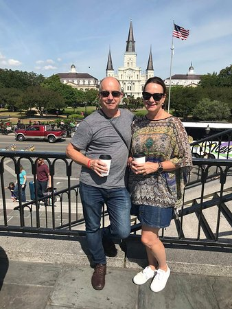 New Orleans Urban Adventures: Artillery Park is the Place for Pics!
