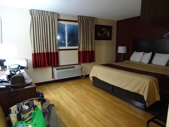Alsip, Илинойс: King bed room