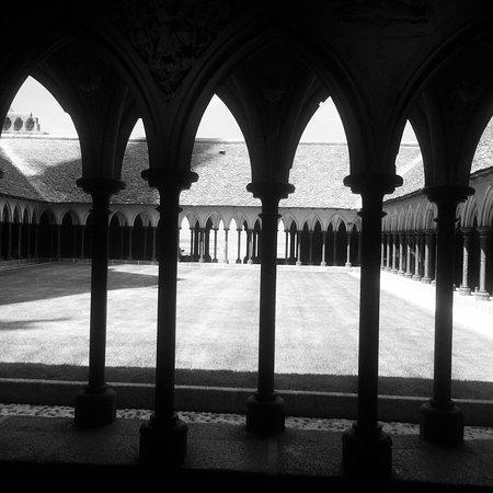 圣米歇尔山修道院照片