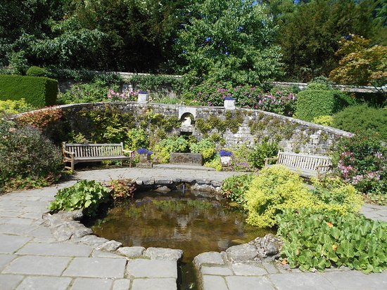 Wallington Hall: The pool in the walled garden