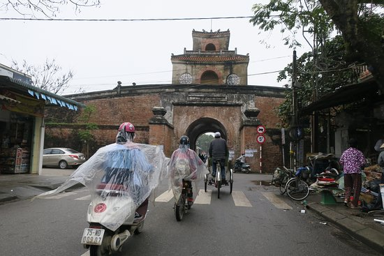 Hue Flavor Street Food Tour by Cyclo or Motorbike with Driver: Fun routes