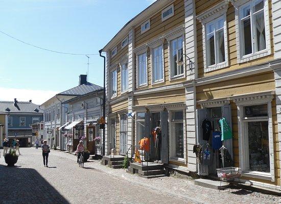 波尔沃古城照片