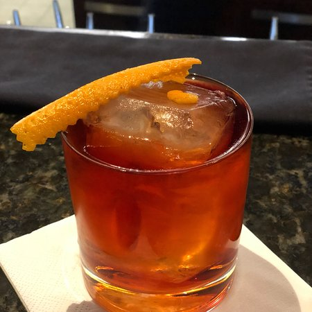 Be Bop Lobby Bar: Most creative drinks! The bar tenders are personable top notch professionals who make delicious