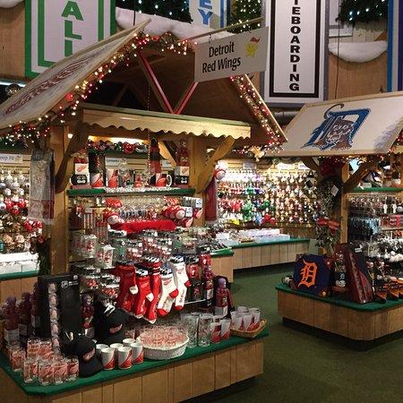 bronners christmas wonderland bronners christmas store