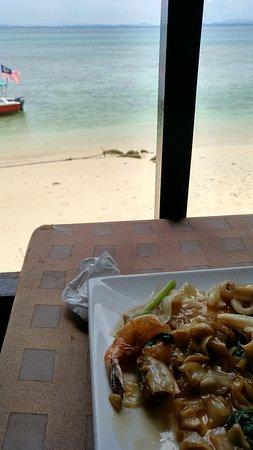 Gem Island Resort & Spa: la comida muy buena y barata