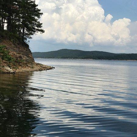 Royal, AR: Lake Ouachita near Brady Mountain Resort and Campground