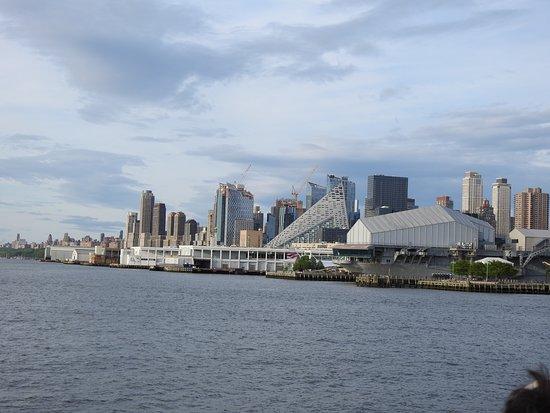 【夜生活】纽约海港黄昏日落巡游(英文导游)照片