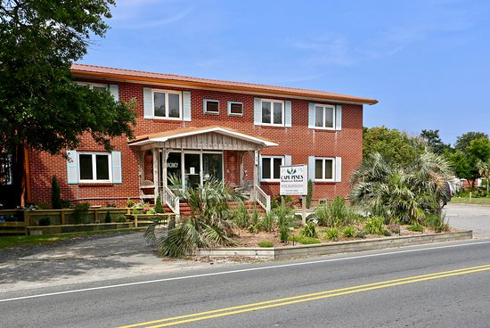 Cape Pines Motel