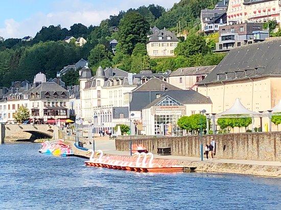 B&B Bourgeoisie: Ontdek de vele attracties en bezienswaardigheden in de Middeleeuwse stad van 'Godfried van Bouil