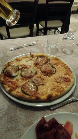 Diano Borello, Italia: Pizza!!!!!!!!!!!