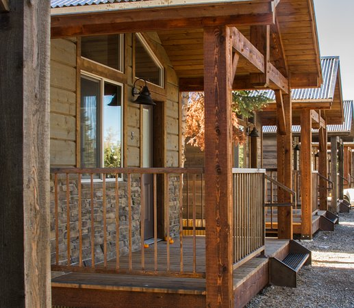 Victor, ID: Luxury Cabins