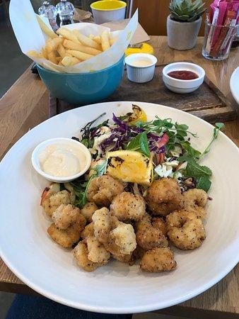 Columbus Mitre 10 MEGA Albany - Restaurant Reviews, Phone Number