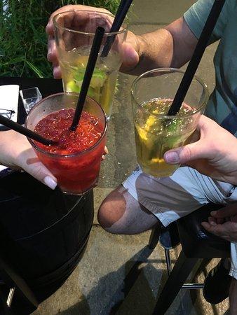 Zelli Wine Bar Bild