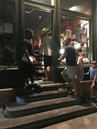 Kaminsky's Most Excellent Cafe: Night time line
