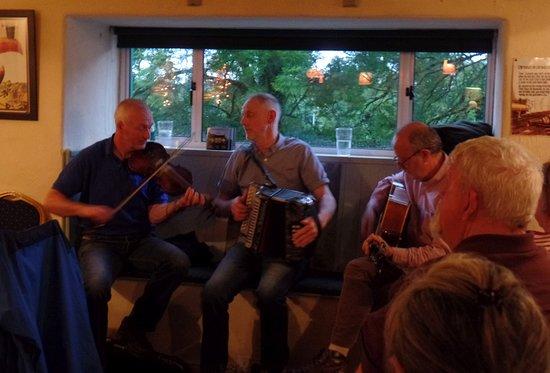 Feakle, Ирландия: Live music night