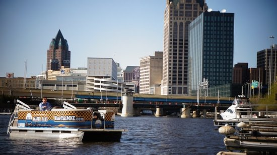 Water Taxi MKE