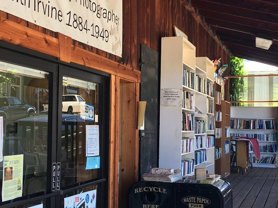 Mokelumne Hill History Society & Library. Photo by: Kaedence Eaton