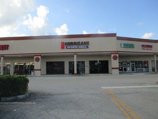 Hurricane Sports Grill Pembroke Pines