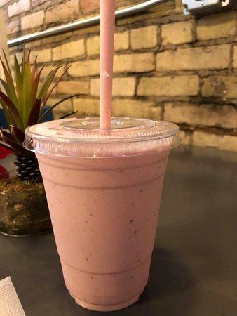 Menasha, Ουισκόνσιν: Strawberry smoothie