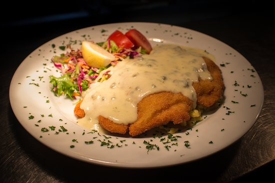Stony River Country Diner: Emporer schnitzel (Kaiserschnitzel) with caper berry sauce