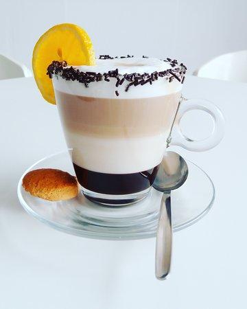 Treat Cafe Bar: Chocolate orange liqueur cappucino