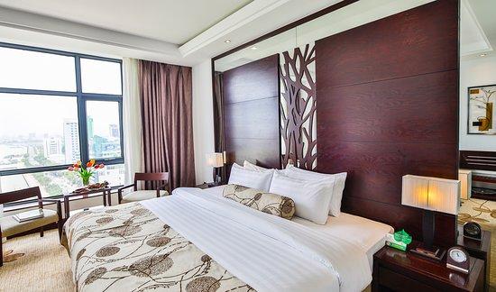 Brilliant Hotel: Deluxe River View (double)